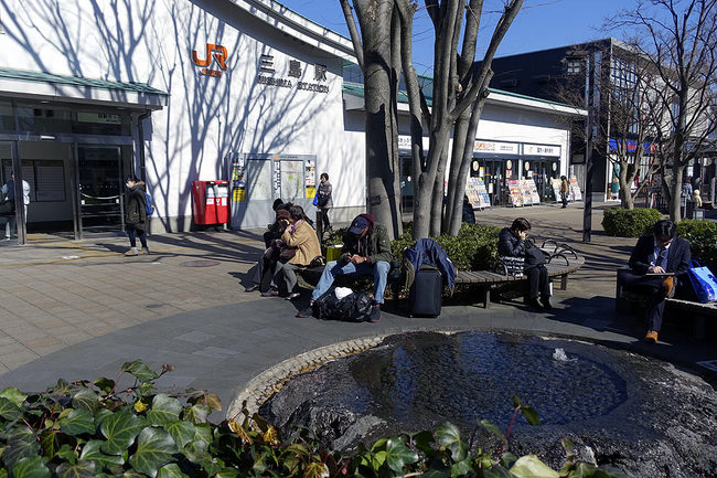 三島駅前.jpg
