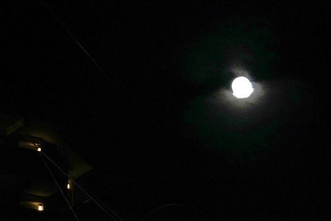 超月.jpg