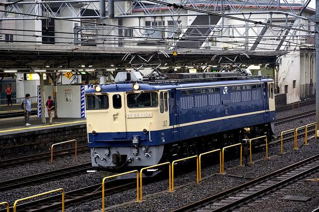 EF651104良い色.jpg